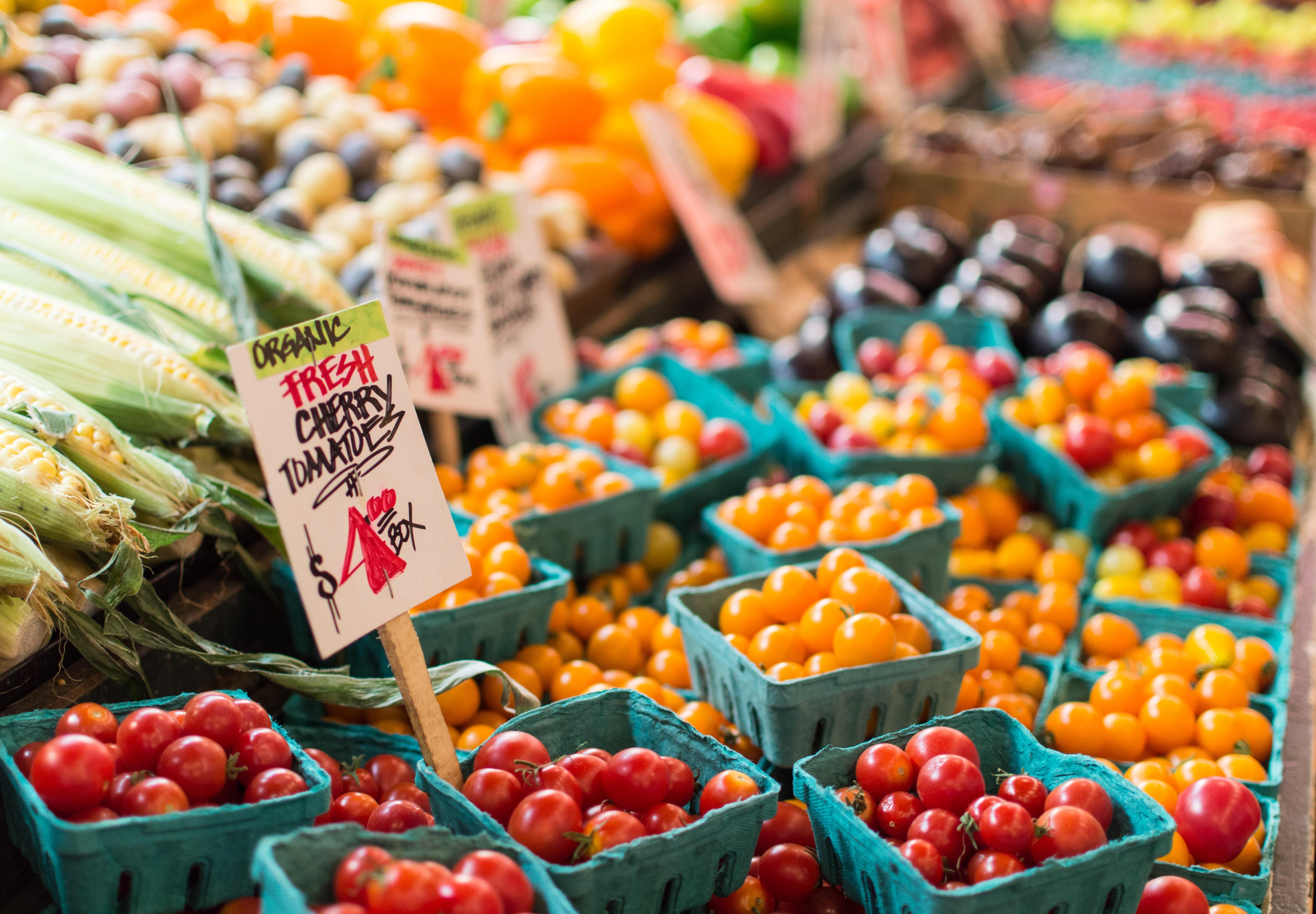 anne-preble-Tomatos-unsplash